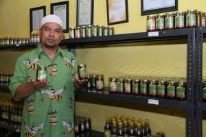 Sri Hidayat, pemilik CV Madu Apiari Mutiara