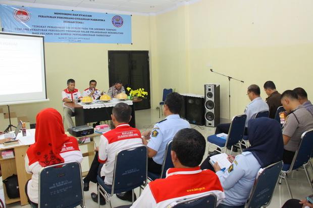 monitoring penanganan hukum narkoba di Sulawesi Bareat/ foto : Humas BNN