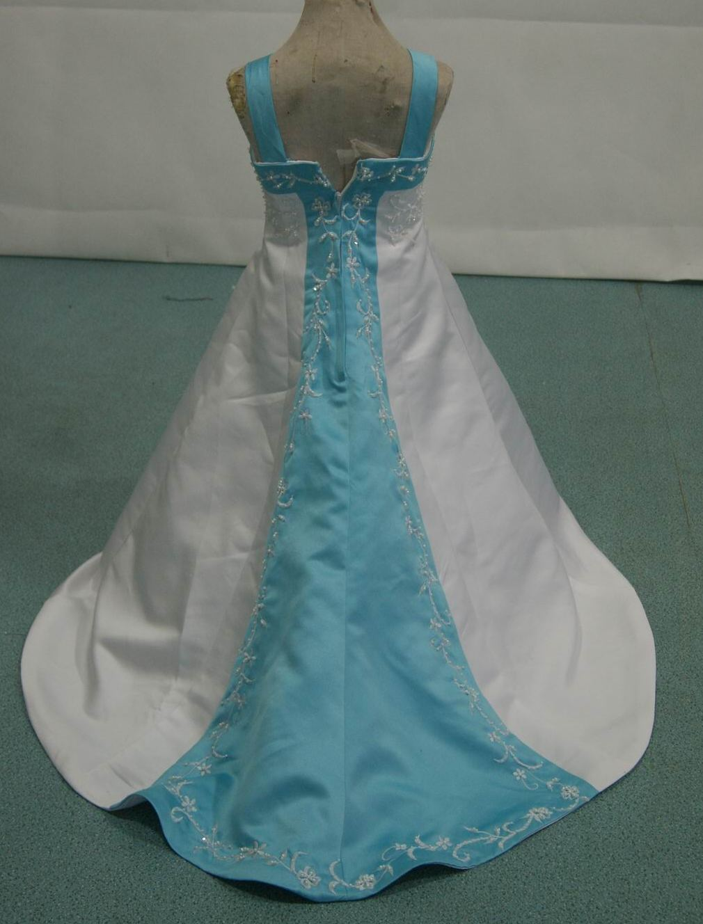 White and turquoise miniature brides dress. This flower girl dress ...