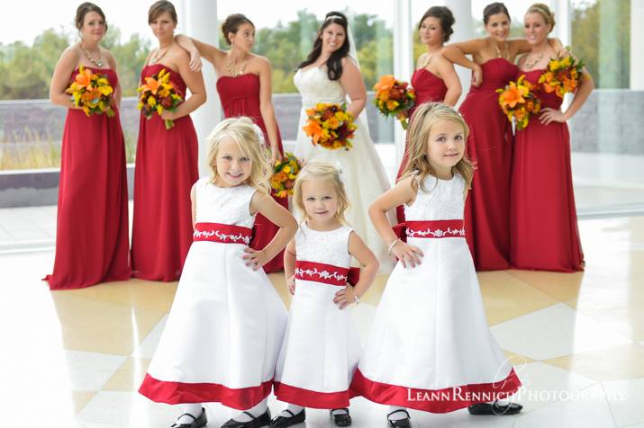 6e24815905b Red and white flower girl dresses to Junior bridesmaids size 14.