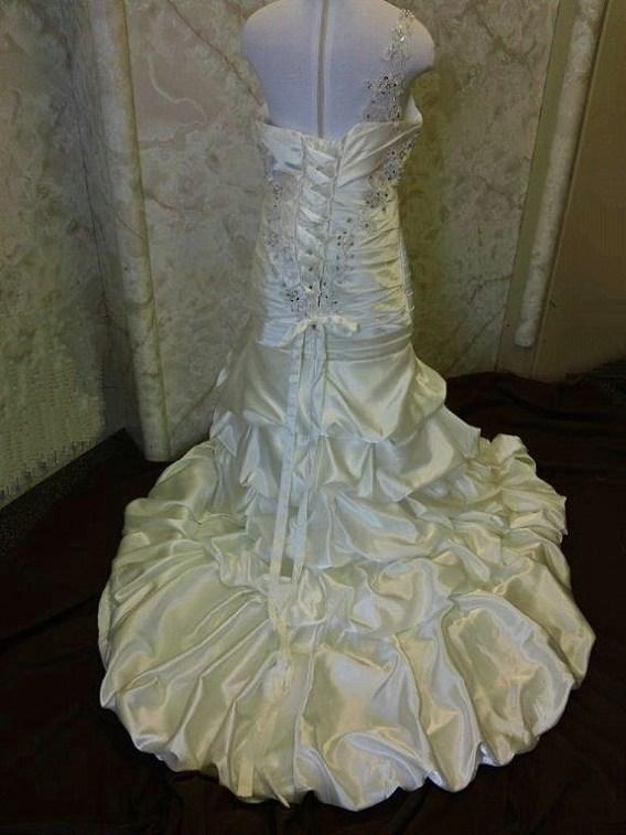 match my wedding dress - flower girl