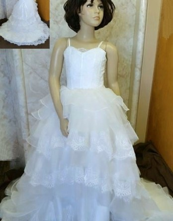 Tiered lace and organza flower girl dress