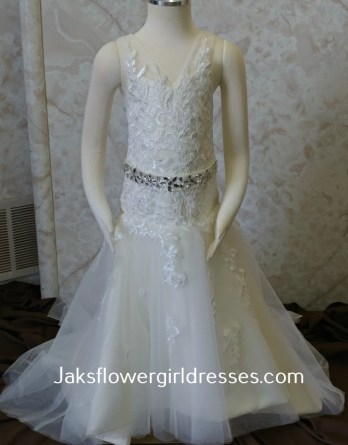 lace trumpet flower girl dress