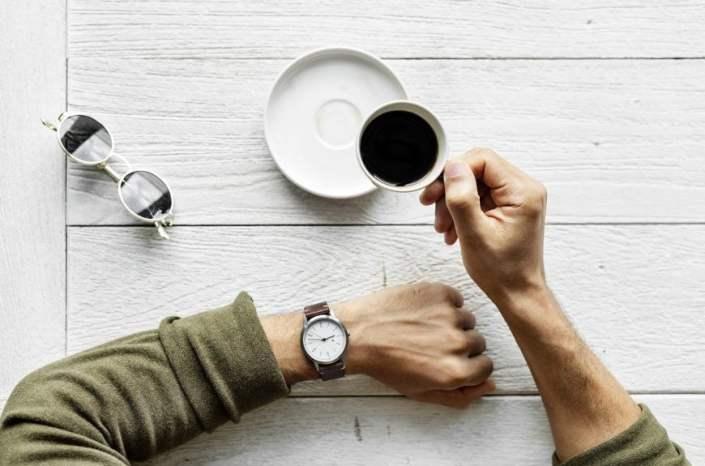 Przerwa w pracy i relaks - jak wpływa na wydajność i zdrowie?
