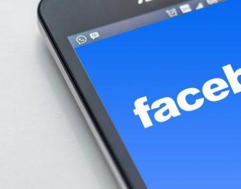 Jak usunąć Recenzje na Facebooku?