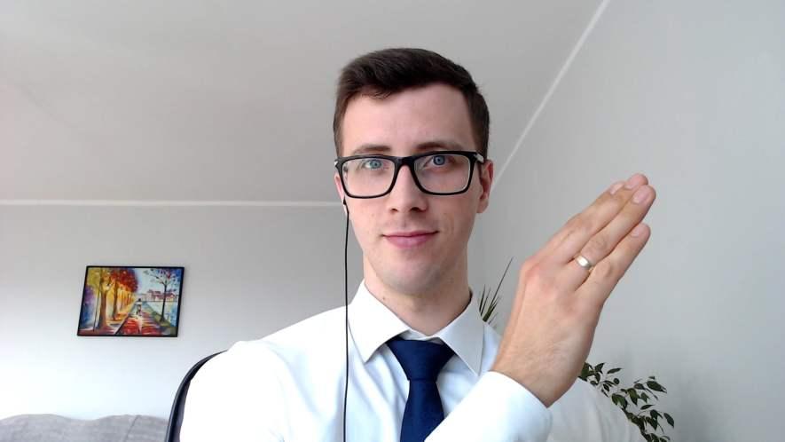 """Szymon Owedyk - autor kursu """"Jak prowadzić kanał YouTube i na nim zarabiać?"""""""
