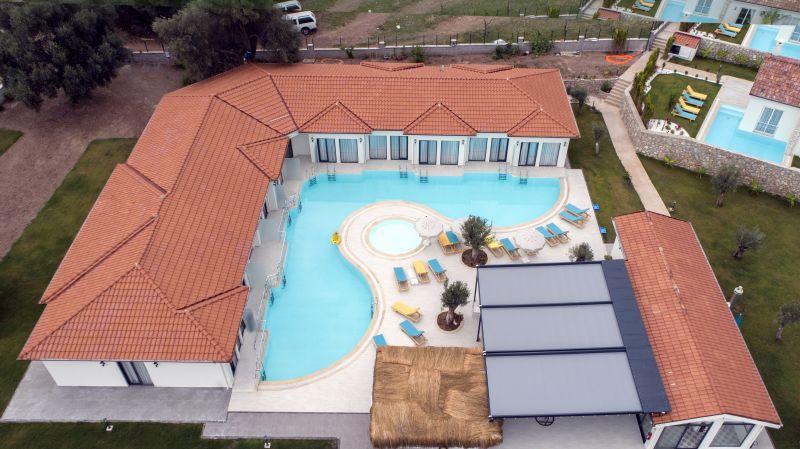 Z Exclusive Hotel & Villas