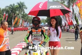 Umbrella Girl Honda Dream Cup (30)