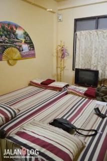 Kamar Tidur 300 THB