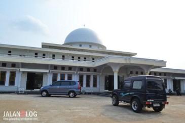 Salah satu masjid tua yang sudah di renovasi