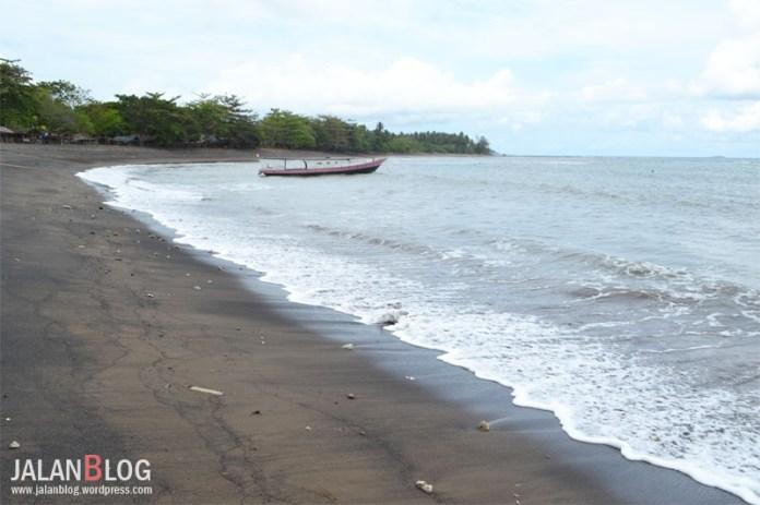 Pantai Surabaya
