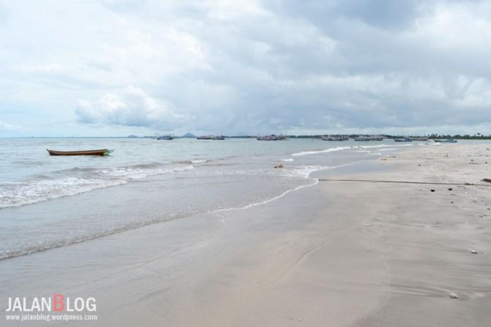 Pantai Tanjung Mutiara, Tiku