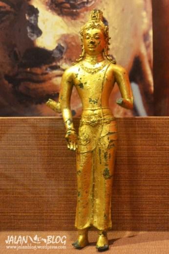 Patung emas di Museum Siginjai