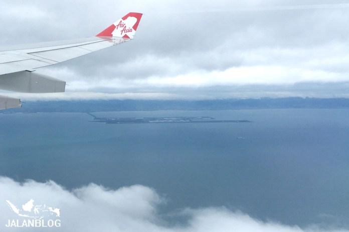 Bandara KIX ada di pulau buatan