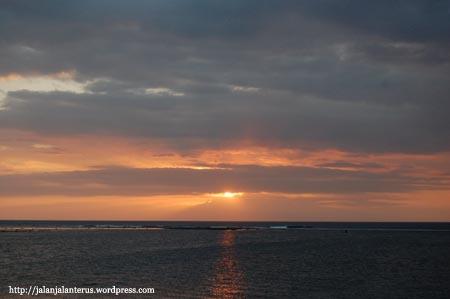 Senggigi di kala sunset