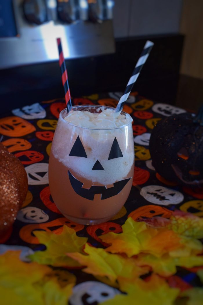 Halloween Ice Cream Floats That Everyone Can Try