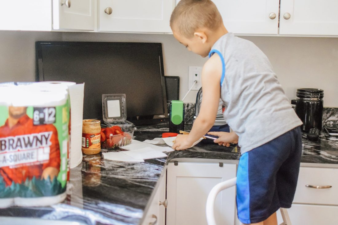 kids lunchbox cleanup