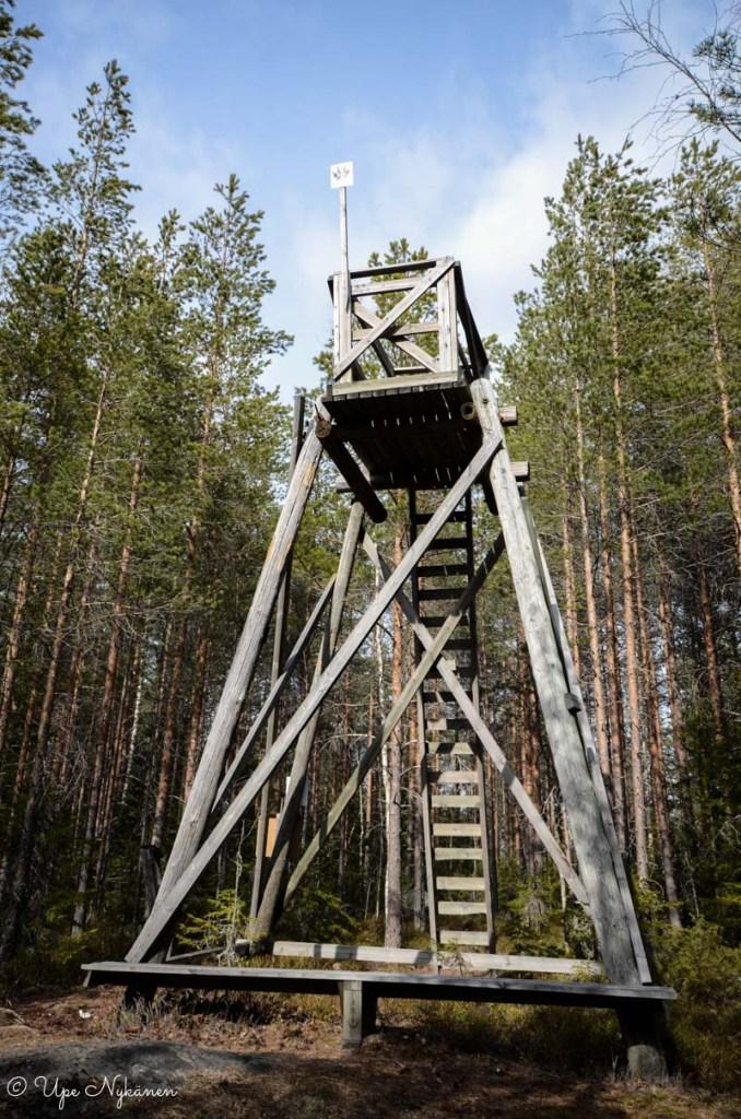 Puinen maisematorni, luontopolku Kontionjälki, Uurainen.