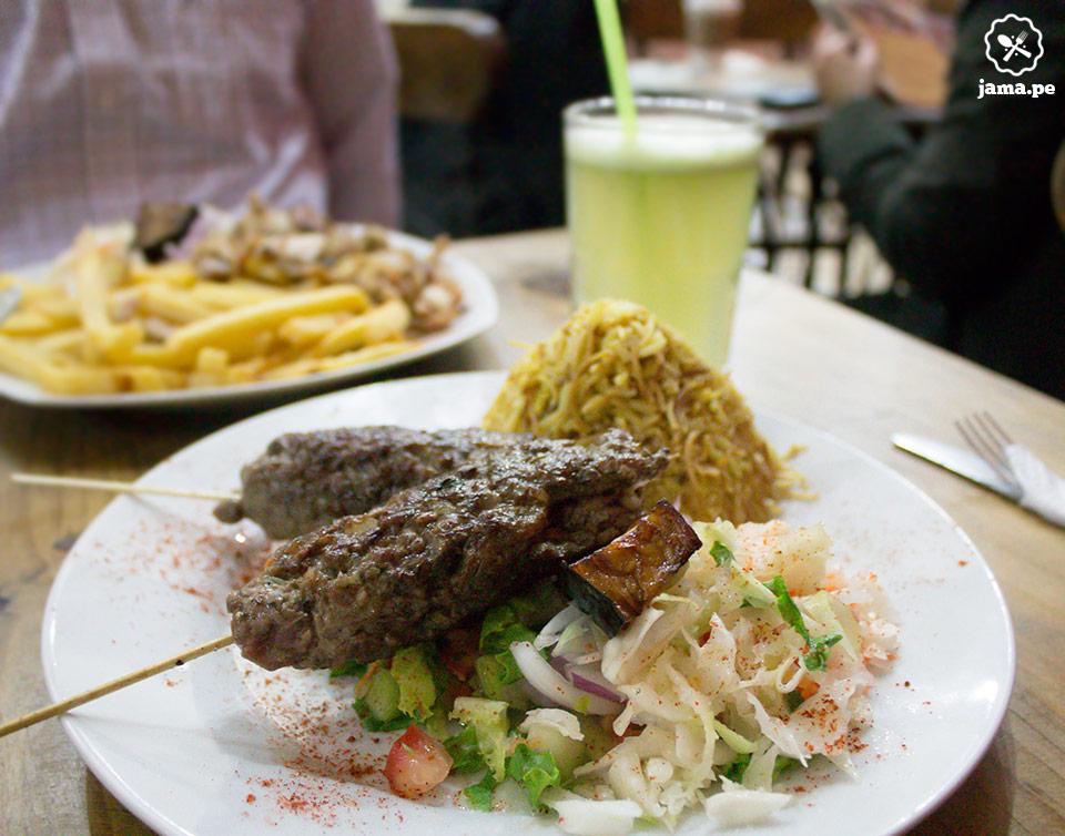 comida arabe en miraflores y comi anticuchos de cordero