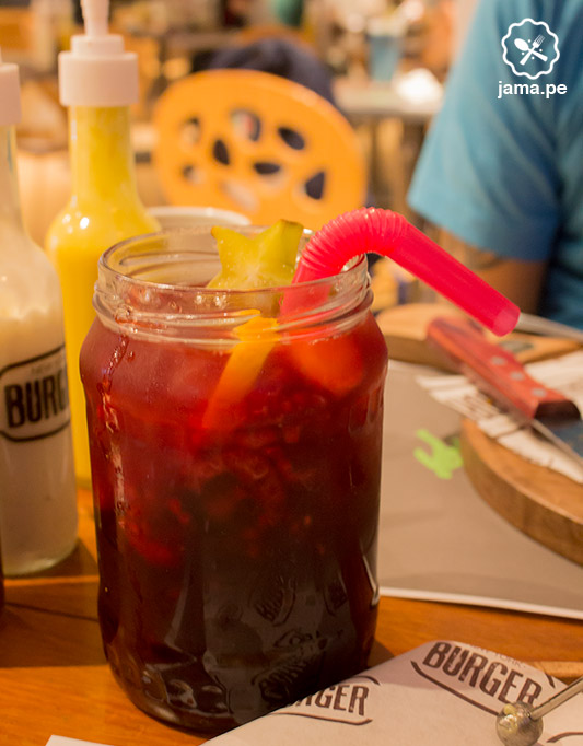 new-york-burger-san-isidro-hamburguesa-iced-tea