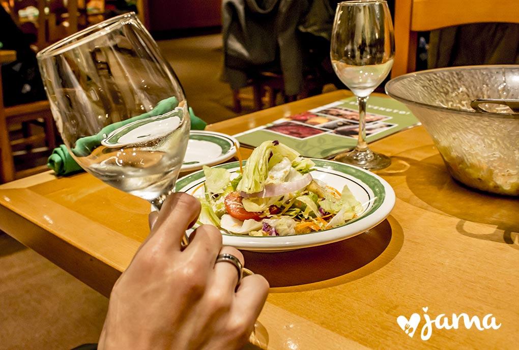 olive-garden-vino-blanco-restaurante