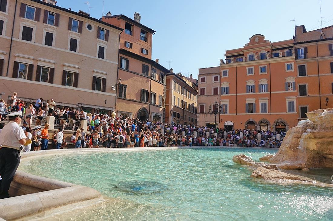 Viajar sola a Roma , ITALIA