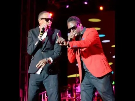 CANADIAN R&B SINGER TORY LANEZ, ADAPTS TANTO METRO