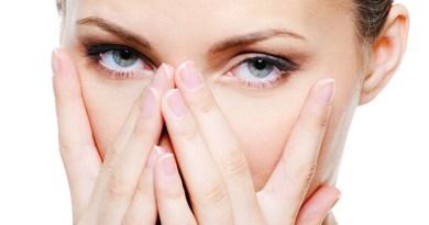 عادات خاطئة تهدد جمالك