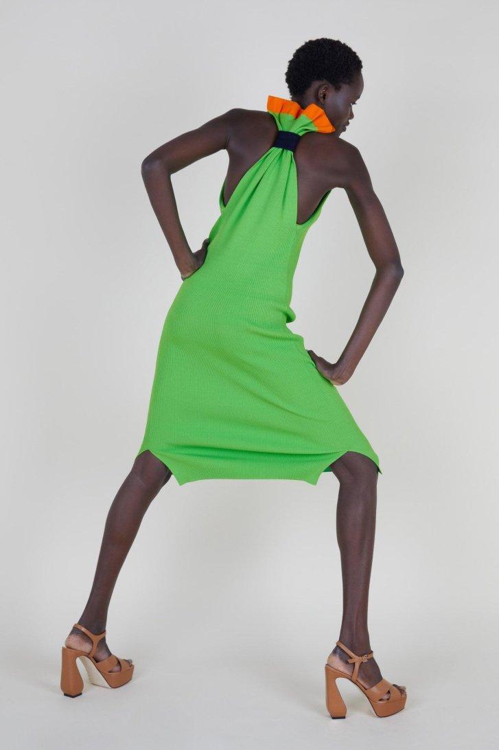 أسبوع الموضة في لندن أسبوع الموضة بلندن لربيع وصيف 2022 رولاند موري