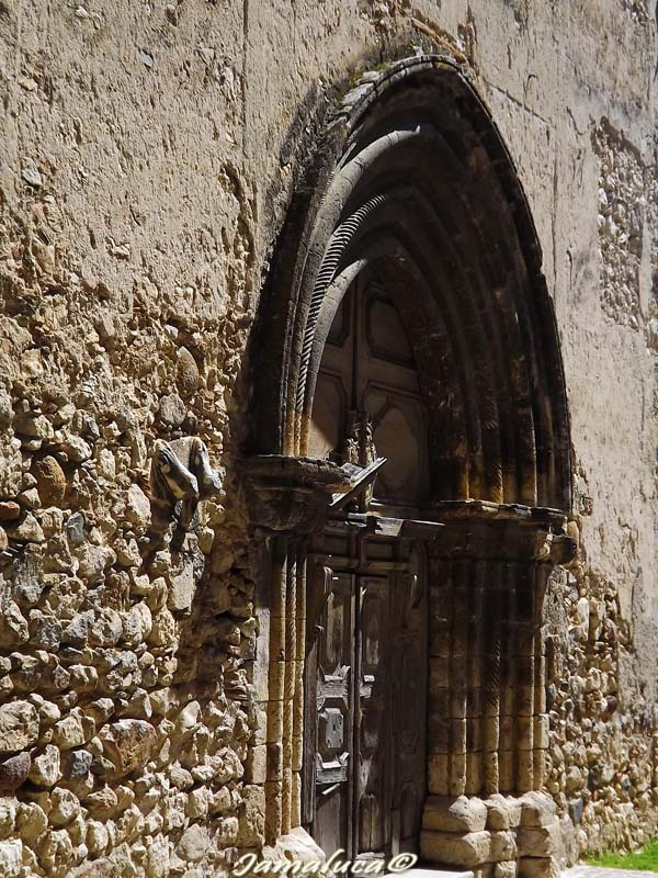 Cosa vedere a Stilo - Portale del Duomo