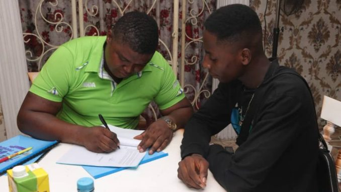 Ogbon Record Sign Two New Act BLG & 2pure