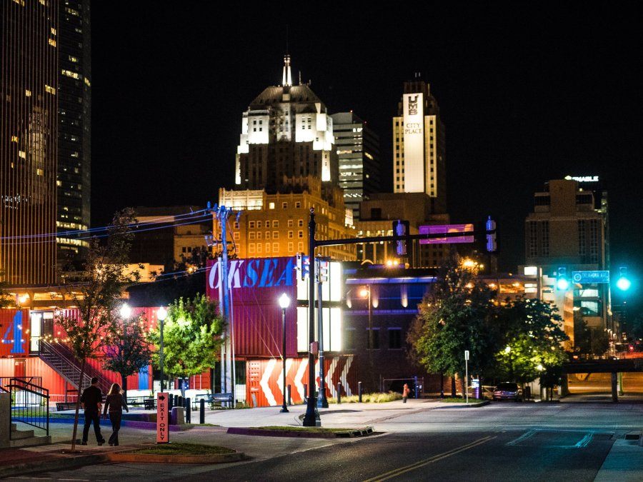 Test shots by James Pratt at Metro Professional Photographer Association meeting at The Loft hotel in downtown OKC.