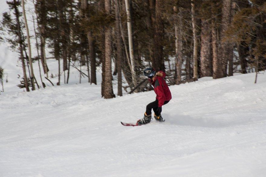 Kay regularly ski's the roughest terrain. Since we prefer short ski's we don't get to ski powder much.