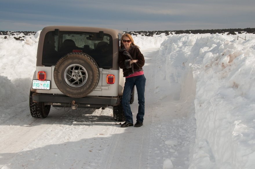We cut across country leaving the mountains and encountered lots of snow on the high plains of eastern New Mexico.