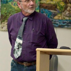 Assistant Director Laundré giving presentaiton on mountain lions at public library. Photo by Gallahger Goodland, Town Crier