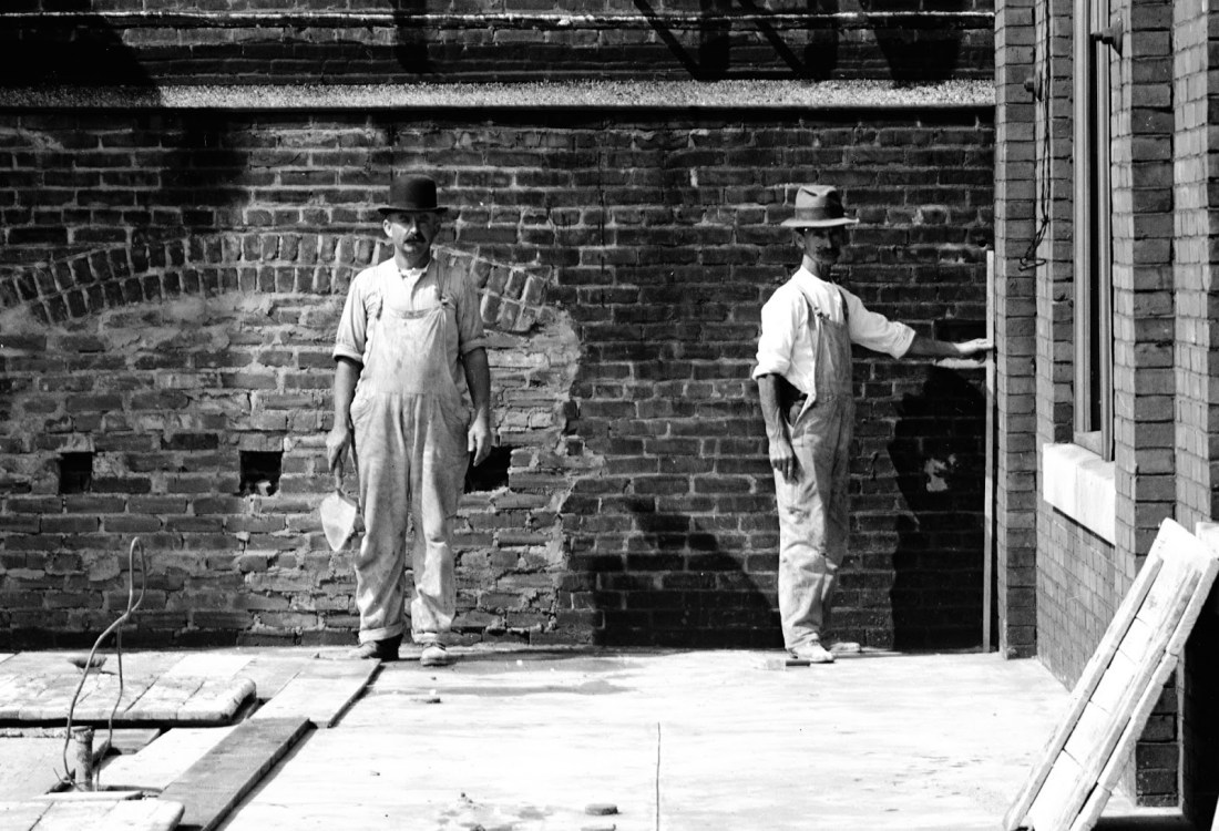 vintage bricklayers