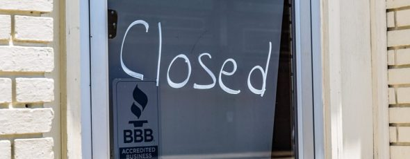 Closed Sign SchiffGold | James Alexander Michie