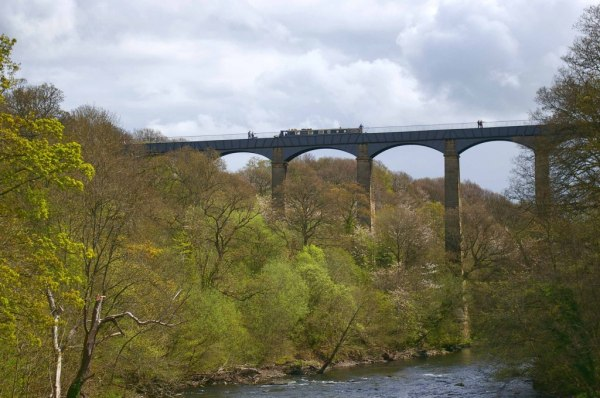 ('Pontcysyllte aqueduct 1' by Jean Mottershead)