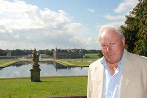 John Glen à Chantilly