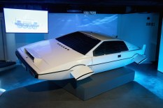 Lotus Esprit (Wet Nellie) - Photo courtesy: London Film Museum