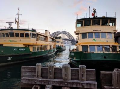 Sydney ferries, Sydney Harbour Bridge