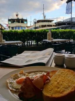 Breakfast at City Extra, Sydney