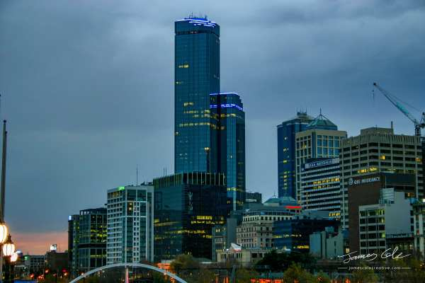 Melbourne city at dusk with the Rialto tower in 2004