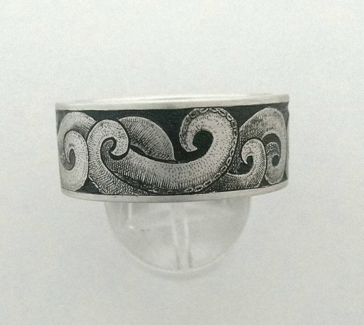 Octopus engraving on Silver Ring