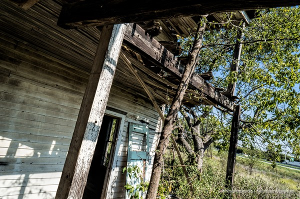 Abandoned-Farm-House-Near-Eddy-Texas-4