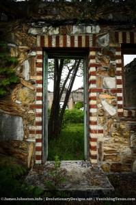Nature's Doorway – Ed Young's Service Sation in Glen Rose, Texas