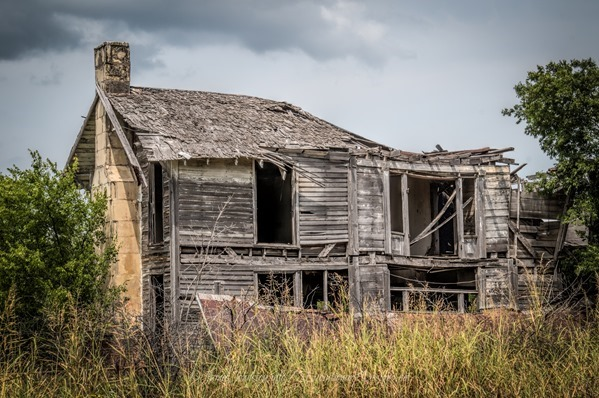 Abandoned Farm House East of Windom, Texas