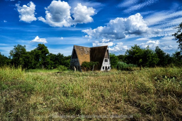 abandoned A-Frame House in Jacksboro, Texas