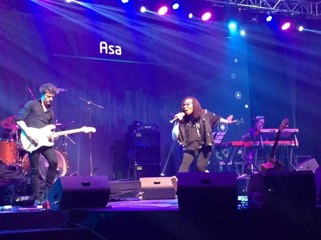 Asa wows the crowd