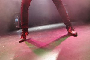 The feet of Neo
